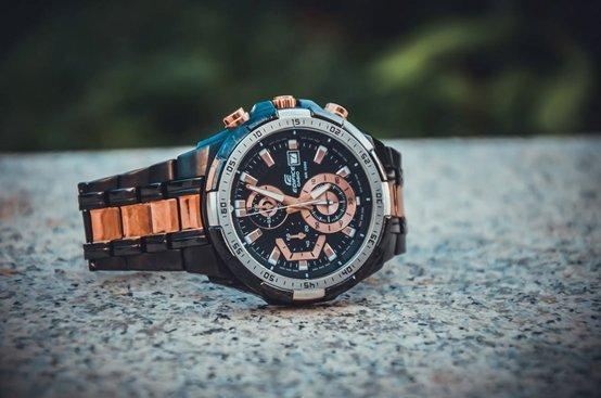 welke pols draag je een horloge